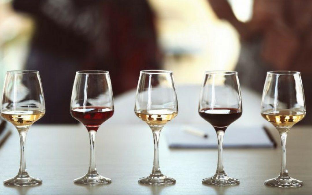 Cómo organizar una cata de vinos en casa y no fracasar en el intento